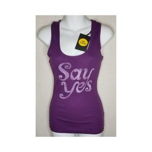 Life is Good Women's Say Yes Sleeper Tank Top